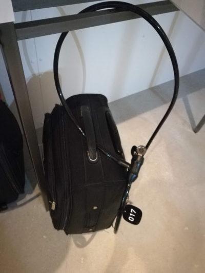 9hoursのキャリーバッグ盗難防止鍵